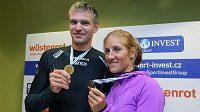 Přílet skifařů Ondřeje Synka a Miroslavy Knapkové z mistrovství světa ve veslování.