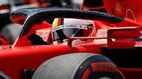 Německý závodník Ferrari Sebastian Vettel během tréninku na Velkou cenu Rakouska.