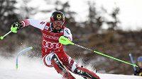 Rakouský lyžař Marcel Hirscher měl patřit k největším favoritům dnešního slalomu ve Francii.