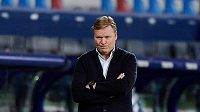 Dnes už bývalý trenér fotbalové Barcelony Ronald Koeman.