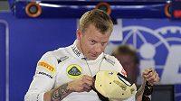 Oblékne se Kimi Räikkönen v příští sezóně formule 1 do rudého?