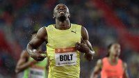 Jamajský sprinter Usain Bolt během atletického mítinku Zlatá tretra 2015.