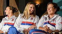 Zleva Karolína Plíšková, Petra Kvitová a Barbora Strýcová během losu Fed Cupu.