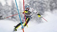 Česká lyžařka Martina Dubovská během prvního kola slalomu Světového poháru v Lenzerheide.