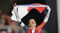 Euforie Martiny Sáblíkové po triumfu na mistrovství světa v Inzellu v závodě na 3000 metrů!