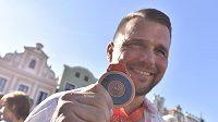 Zápasník Marek Švec získal na slavnostním ceremoniálu v Havlíčkově Brodě bronzovou medaili z olympijských her v Pekingu z roku 2008. Jeho tehdejší přemožitel v souboji o třetí místo ve váze do 96 kg v řecko-římském stylu Asset Mambetov z Kazachstánu byl dodatečně diskvalifikován kvůli dopingu.