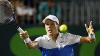 Český tenista Tomáš Berdych porazil na turnaji v Miami Američana Johna Isnera.
