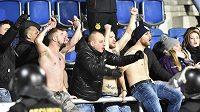 Fanoušci Slovácka při utkání se Spartou.