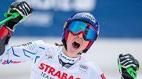 Vítězná Petra Vlhová ze Slovenska po obřím slalomu ve Špindlerově Mlýně.