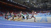 Česká atletka Denisa Rosolová (druhá zprava) v rozběhu na 400 m na ME v Göteborgu.