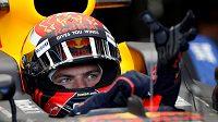 Pilot Red Bullu Max Verstappen při prvním tréninku na GP Ázerbájdžánu.