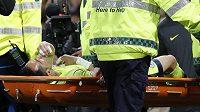 Brankář Claudio Bravo z Manchesteru City se zranil při derby s United.