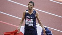 Mahiedine Mekhissi-Benabbad po triumfu na 1500 m překvapeně reagoval na pískot publika.