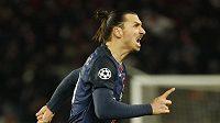 Zlatan Ibrahimovic se raduje z gólu.