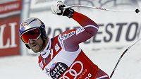 Nor Aksel Lund Svindal se raduje z vítězství v Super-G ve Val Gardeně.