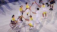 Zahájení paralypiády v Tokiu.