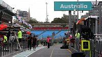 Paddock zůstane prázdný. Velká cena Austrálie vozů fomule 1 se nepojede.