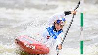 Kajakářka Jessica Foxová během semifinálové jízdy v kategorii K1 v rámci Světového poháru ve vodním slalomu.