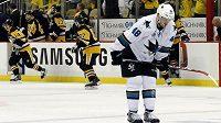 Útočník San Jose Tomáš Hertl do třetího finále NHL nezasáhne.