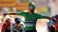 Zdrcující útok! Slovák Peter Sagan vyhrál pátou etapu Tour de France.