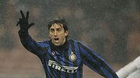 Útočník Interu Milán Diego Milito se raduje z jednoho ze svých gólů.