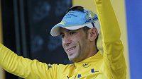 Ital Vincenzo Nibali v těžké páté etapě Tour navýšil náskok v čele celkového pořadí.
