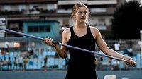 Řecká oštěpařka Elína Tzéngková se stala v 17 letech juniorskou světovou rekordmankou.