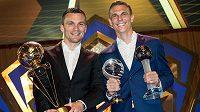 David Lafata (vlevo) i Bořek Dočkal by své trofeje raději vyměnili za mistrovský titul.