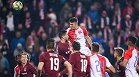 Petar Musa ze Slavie Praha a jeho vyrovnávací gól na 1:1 během derby se Spartou.