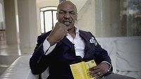 Mike Tyson, jeho život nebyl peříčko.