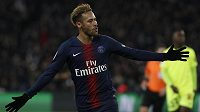 Neymar se postaral o druhý gól domácích