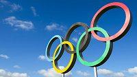 Olympijské kruhy jsou nejzmnámějším symbolem her.