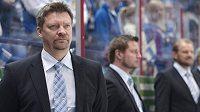 Jukka Jalonen povede hokejisty Petrohradu.