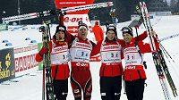 Vítězná norská štafeta biatlonistů ve složení zleva Tarjei Boe, Emil Hegle Svendsen, Henrik L'abee-Lund a Ole Einar Björndalen.