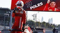 Pilot Ferrari Charles Leclerc si zajistil v Baku nejlepší pozici na startu Velké ceny Ázerbájdžánu.