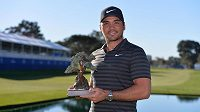 Australan Jason Day po triumfu při Farmers Insurance Open v San Diegu.