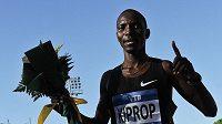 Hvězdný mílař Asbel Kiprop z Keni čelí podezření z dopingu.