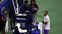 Nick Kyrgios se během utkání na US Open opět hádal s rozhodčím.