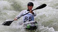 Vodní slalomář Vít Přindiš při kvalifikační jízdě na ME ve Vídni.