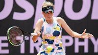 Linda Fruhvirtová během zápasu s Kristýnou Plíškovou v rámci tenisového charitativního turnaje Tipsport Elite Trophy.