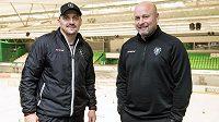 Trenéři hokejové Mladé Boleslavi Patrik Augusta (vpravo) a Viktor Ujčík.
