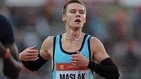 Čtvrtkař Pavel Maslák doběhl na Zlaté tretře třetí.