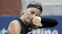 Petra Kvitová při utkání s krajankou Denisou Allertovou v 1. kole US Open.