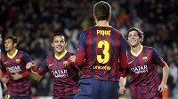 Fotbalisté Barcelony se radují z gólu (ilustrační foto).