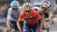 Nizozemský cyklista Tom Dumoulin (vpravo) ukončí po této sezoně po osmi úspěšných letech angažmá v německém týmu Sunweb.