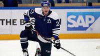 Český hokejový útočník Dmitrij Jaškin si podle největší hvězdy KHL Vadima Šipačova milionový kontrakt v Dynamu Moskva zaslouží.