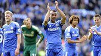 Obránce Ashley Cole po osmi letech končí v Chelsea.