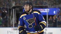 Ivan Barbašev hokejistům St. Louis v šestém finále Stanley Cupu nepomůže.