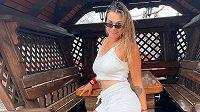 Běloruská tenistka Aryna Sabalenková se na svém instagramovém profilu nebojí ukázat krásu svého těla.