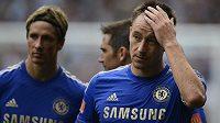 John Terry (pravo) a Fernando Torres z Chelsea.